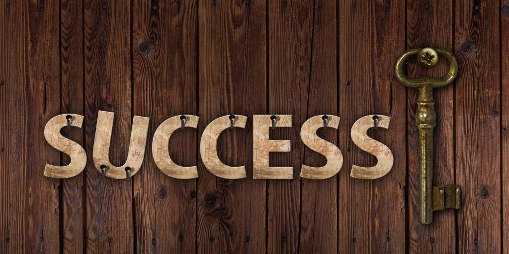 sache que personne ne peut réussir sans échouer car l'échec est le prophète du succès !